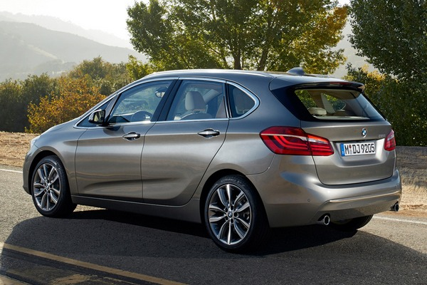 BMW 2-Series Active Tourer - Фото 2