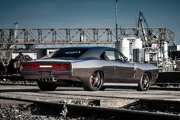 Dodge Charger GTS/R - Фото 6