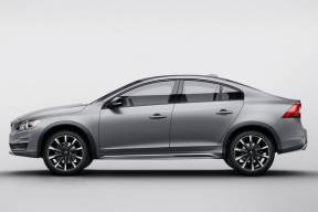 Volvo S60 Cross Country - Фото 6