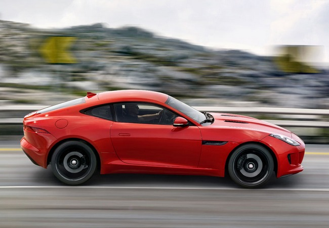 Фото купе Jaguar F-Type